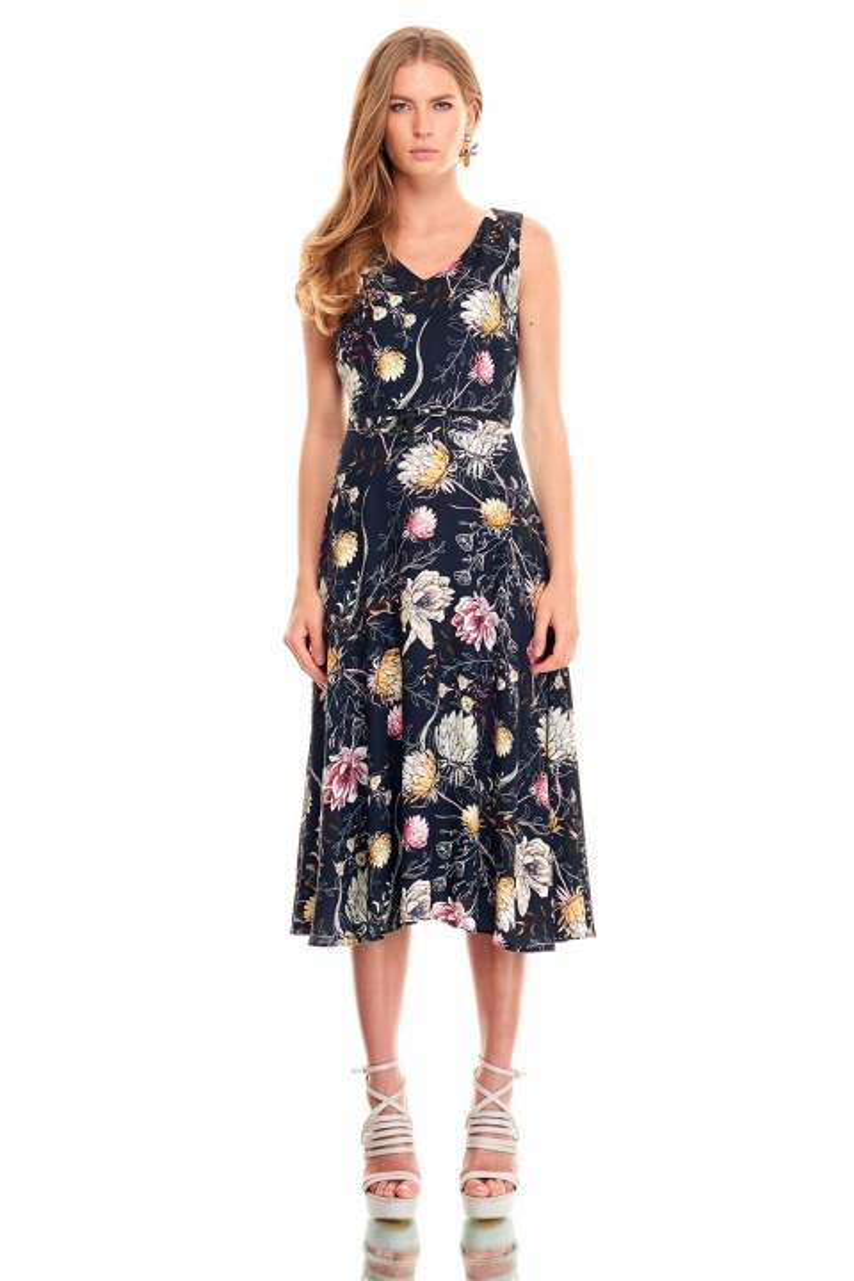 2ed0e8b388767 ... Ekol V Yaka Çiçek Desenli Elbise